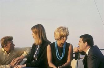 Johnny Hallyday, Françoise Hardy, Sylvie Vartan et Daniel Filipacchi, 1963