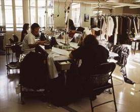 Atelier de couture de la styliste Agnès b.