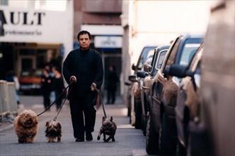 Azzedine Alaïa et ses chiens