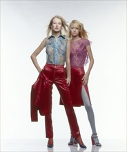 Mannequins habillées en Martine Sitbon