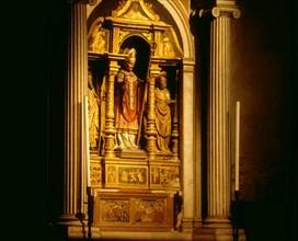 Eglise Santa Maria Assunta, Autel