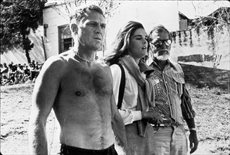 1972, Film Title: GETAWAY, Director: SAM PECKINPAH, Studio: NATIONAL GENERAL, Pictured: BARE CHEST, BODY PART, ALI MacGRAW, STEVE McQUEEN. (Credit Image: SNAP)