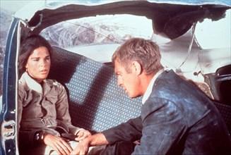 Carol (ALI MacGRAW) und Doc McCoy (STEVE McQUEEN) werden mit bei einem Bankraub erbeuteten 500.000 Dollar quer durch Texas gejagt. Ihr Ziel: Die mexikanische Grenze. Regie: Sam Peckinpah aka. Getaway