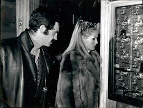 Ursula Andress et Jean-Paul Belmondo, 1966