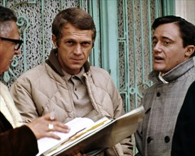 """Steve McQueen, Robert Vaughn, """"Bullitt"""" (1968) Solar Productions   File Reference # 33505_105THA  For Editorial Use Only -  All Rights Reserved"""