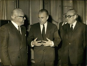 Apr. 13, 1972 - Prime Minister Jacques Chaban-Delmas received Pierre Graber at the Matignon Hotel.