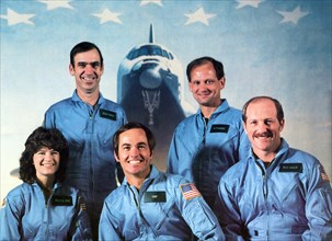 Dr. Sally Ride, left, poses with her STS-7 crewmates Dr. Sally Ride, Commander Bob Crippen, Pilot Frederick Hauck (FRONT L-R) and John Fabian, Norm Thagard (BACK L-R) in Houston, USA, 21 June 1983. In...