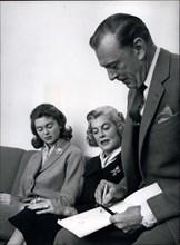 Nov. 13, 1959 - Cartoonist Gary Cooper, Wife And Daughter, In Copenhagen.