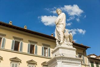 Monument to Dante Alighieri. Florence, Italia.