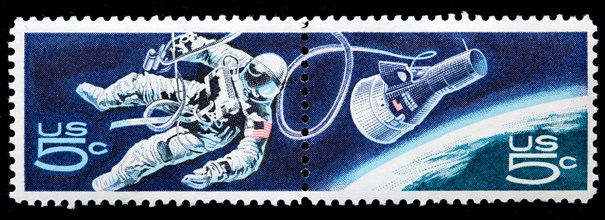 Astronaut, space walk, postage stamp, USA, 1967