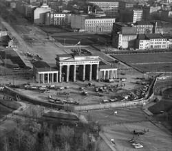 11/22/1961 - Aerial view Berlin Wall -  Brandenburg Gate