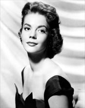 1955 ca.  : The movie actress NATALIE WOOD  ( 1938 - 1981 ), pubblicity still Warner Bros  - CINEMA - attrice cinematografica - portrait - ritratto   - orecchino - orecchini -  earring - earrings - cl...