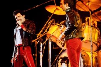 LEIDEN, THE NETHERLANDS - NOV 27, 1980: Queen during a concert in the Groenoordhallen in Leiden in the Netherlands
