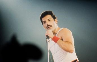 LEIDEN, THE NETHERLANDS - NOV 27, 1980: Freddy Mercury singer of the british band Queen during a concert in the Groenoordhallen