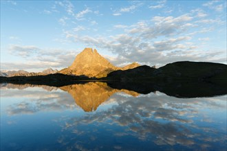 Gentau lake and Pic du Midi d'Ossau, Ayous lakes route, Pyrenees mountains, France, Europe