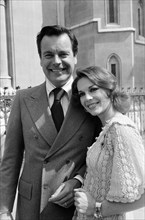 Robert Wagner and Natalie Wood photographed in London, the couple have a libel case taking place in the law courts. 22nd June 1976.