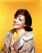 NATALIE WOOD 1960 Colour Portrait publicity by AGER for ALL THE FINE YOUNG CANNIBALS director Michael Anderson Avon Productions / Metro Goldwyn Mayer