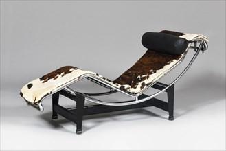 Chaise longue modèle LC4