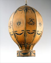 Hot-air balloon with the initials of Louis XVI
