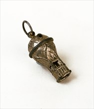 Whistle in the shape of a hot-air balloon
