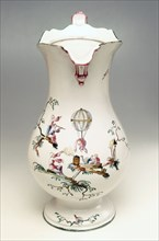 "Water jug decorated with ""aux  Chinois astronomes"" design, made by Veuve Perrin"