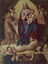 Vierge sur un trône de nuages