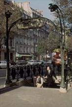 Station de métro Boissière à Paris