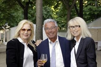 Sylvie Vartan, Jean-Marie Périer et Mireille Darc, juin 2009
