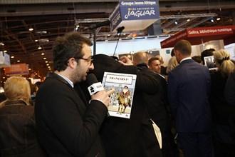 Cyrille Eldin au moment de la visite de François Hollande au Salon du livre de Paris 2015