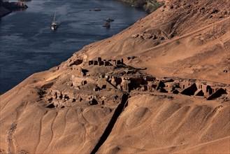 Tombes de dignitaires dans la région d'Assouan, vue aérienne