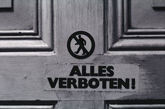 "Autocollant ""Alles verboten!"", Berlin-Est, 1982"