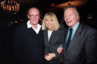 Mireille Darc, son mari Pascal Desprez et Jean Piat.