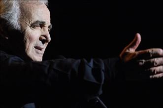 Charles Aznavour sur scène à New York, le 17 septembre 2006
