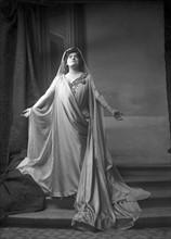 Lucienne Bréval