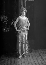 Jane Renouardt