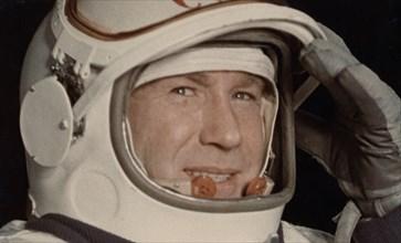 Cosmonaut alexei leonov, 1965, voskhod 2.