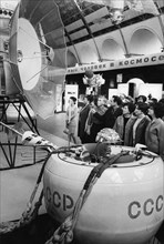 Replica of the landing capsule of the soviet space probe, venera 4 on display at the cosmos pavilion at the exhibition of national economic achievements (vdnkh) in moscow, 1969.