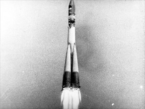 Launch of vostok 1 rocket carrying yuri gagarin, soon to be the first man in space, in 1961, this is a still from a soviet film about the space program.