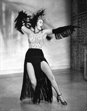 Shelley Winters Performing