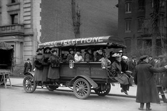 Telephone Company Transports Phone Operators to its own Offices during Strike 1914