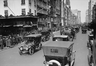 Easter on 5th Avenue in 1911 1911