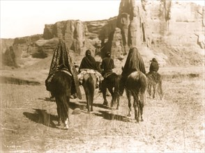 March through Tesacod Canyon 1905