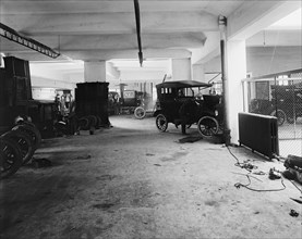 Steuarts Garage 1920