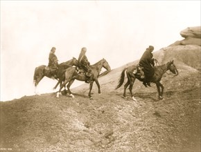 Into the hills--Navaho 1905