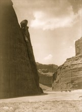 Cañón shadows--Navaho 1906