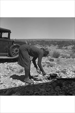 Cooking on the Ground in the Heat 1938