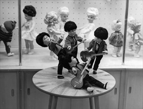 Leipzig trade fair, as a trade fair novelty, the walterhausen doll factory exhibits beatle dolls, the walterhausen doll factory in the erfut district of east germany (gdr) exports 850,000 dolls to dif...