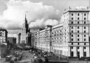 Sadovaya-chernogryazskaya street in moscow, ussr, october 1954.