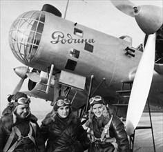 Order-bearers captain polina osipenko (co-pilot and commander of the plane), deputy to the supreme soviet of the ussr valentina grizodubova (navigator), and senior lieutenant marina raskova right befo...