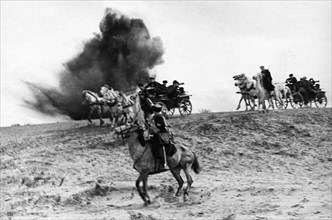 Red army cavalry with machine-gun carriages on the attack, may 1942.